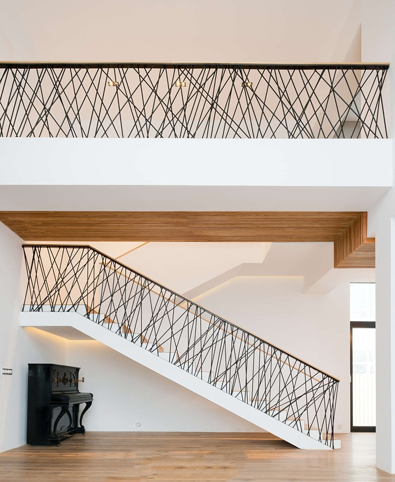 Unique And Creative Staircase Designs For Modern Homes: 15 Futuristic And Unique Stair Design Ideas For Your